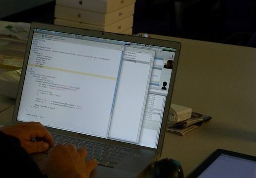 self taught vs formally trained web developer